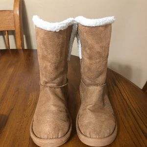 Girls Justice faux Suede boots